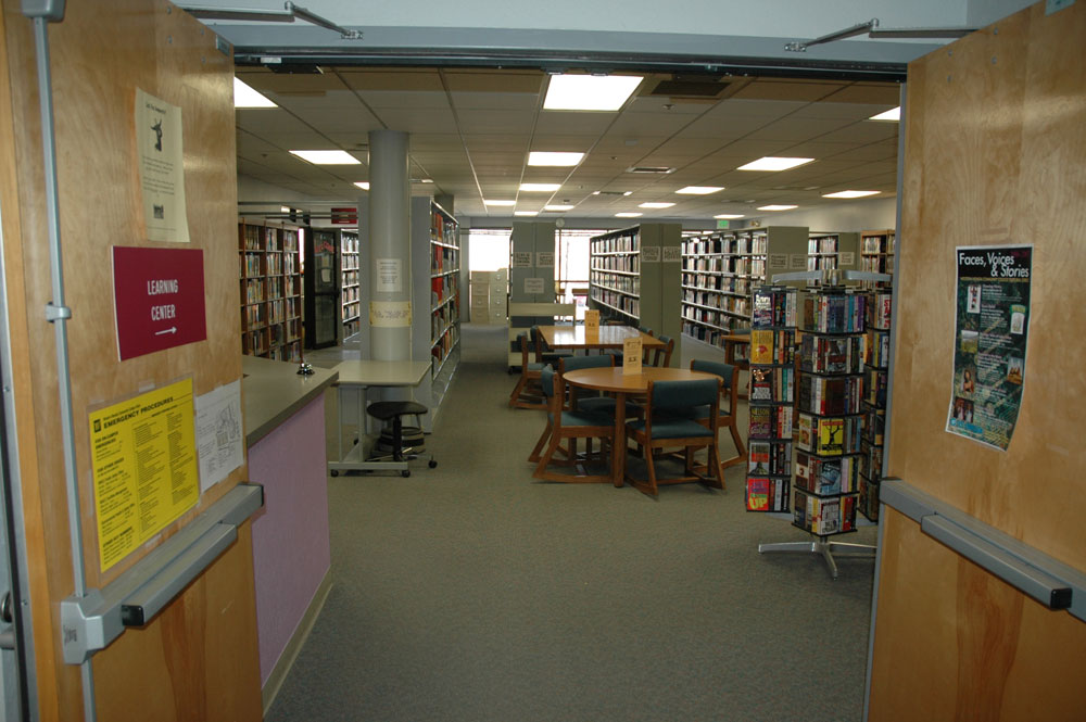 The interior of the Beck library at the Fallon campus.