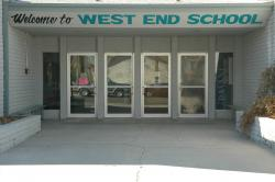 The front entrance to West End Elementry School