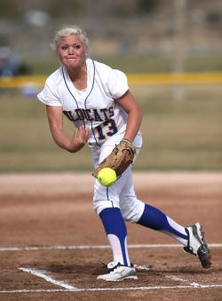 Pitcher Carlee Beck