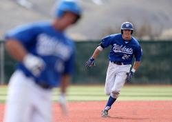 Mike Umscheid motors around the bases during WNCs 14-13 victory over Mt. Hood Community College on…
