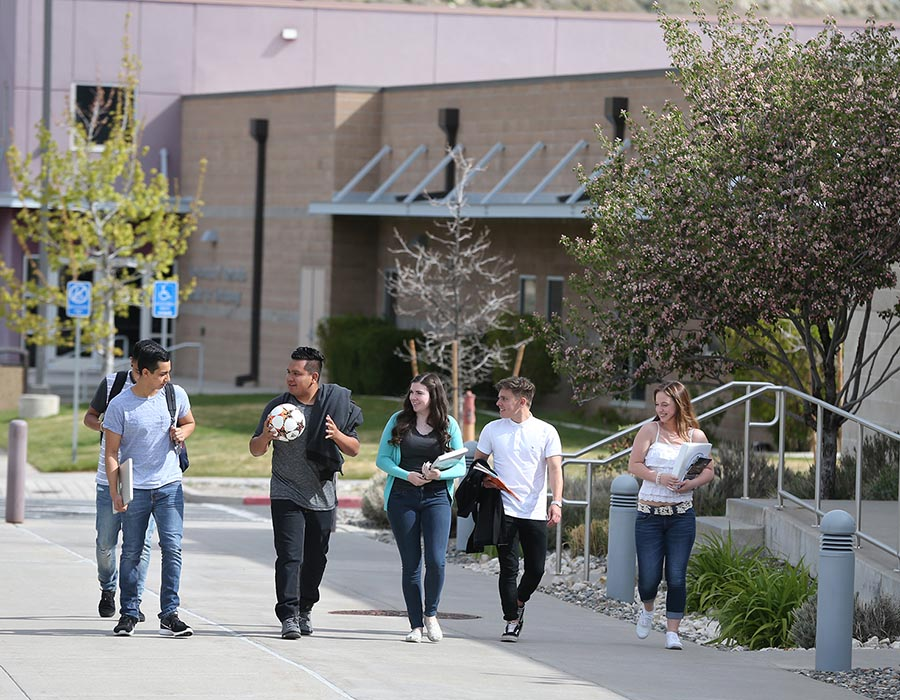 Campus life at Western Nevada College in Carson City